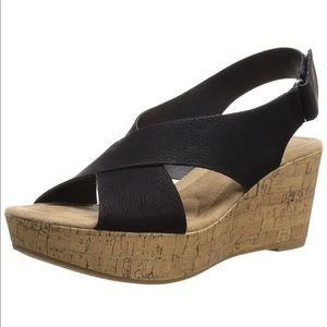 New in box Chinese Laundry Dream Girl Wedge Sandal